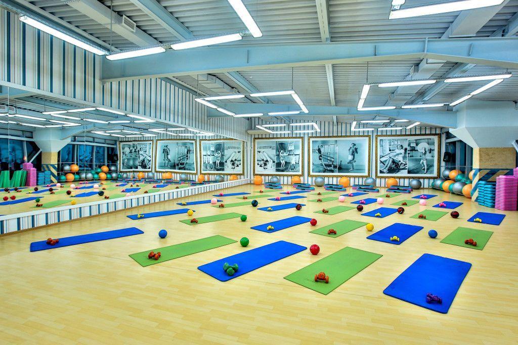 фитнес клуб, тренажерный зал, качалка